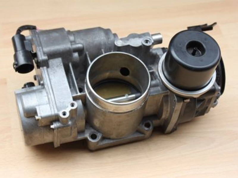 Throttle Body Jaguar XJ X308