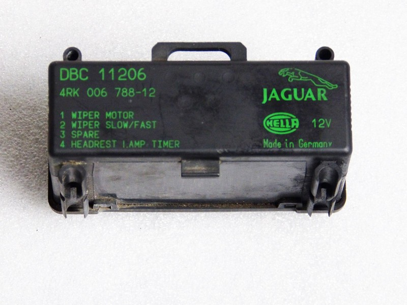 Multi-relay module DBC11206 Jaguar XJ40