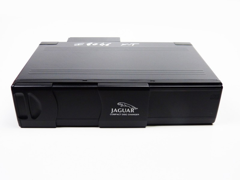 CD changer C2C38055 Jaguar S-Type