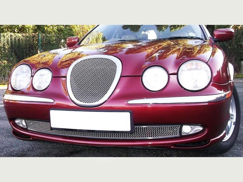 Grille inférieure de radiateur Jaguar S-Type