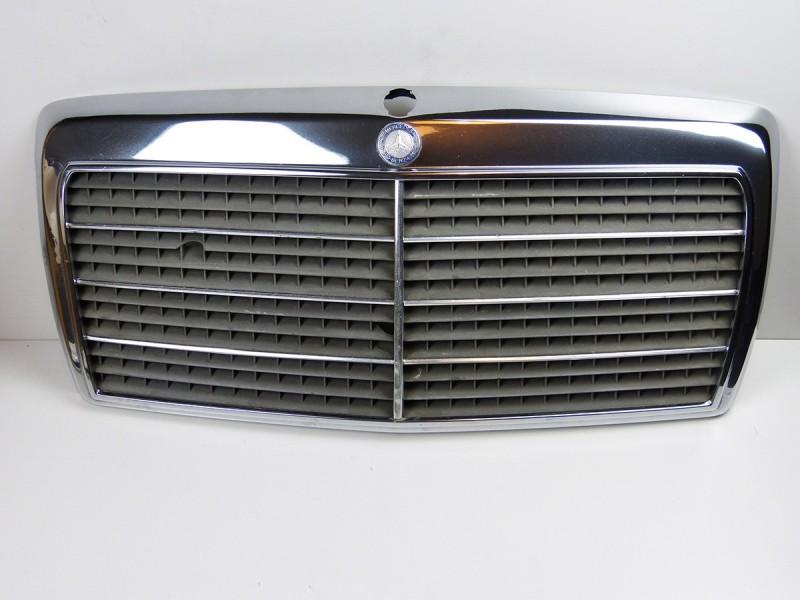 Calandre Mercedes 230E W124