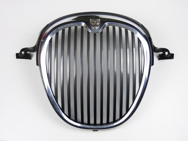 Grille de radiateur XR845002 Jaguar S-Type 2002 - 2004